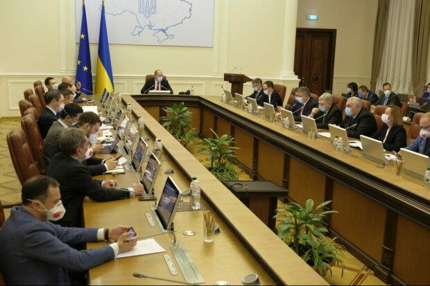 Как спасти украинскую экономику: в Кабмине предложили новую идею