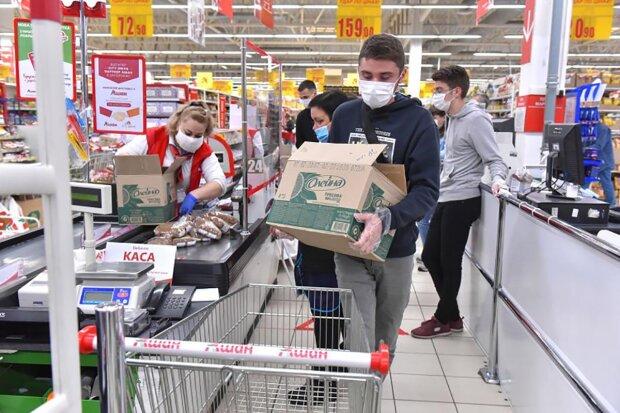 Украинцы обеспокоены подорожанием продуктов: всего за год цены выросли на треть