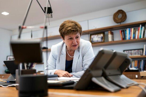 """В МВФ жестко """"проехались"""" по Биткоину: Георгиева рассказала, почему криптовалюта — не деньги"""