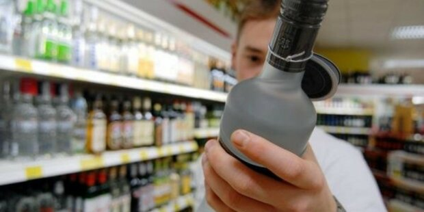 Здоровее будем: сигареты и алкоголь экстремально подорожали