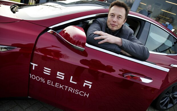 Золотий рік для Ілона Маска: чистий прибуток компанії Tesla вперше перевищив $1 млрд