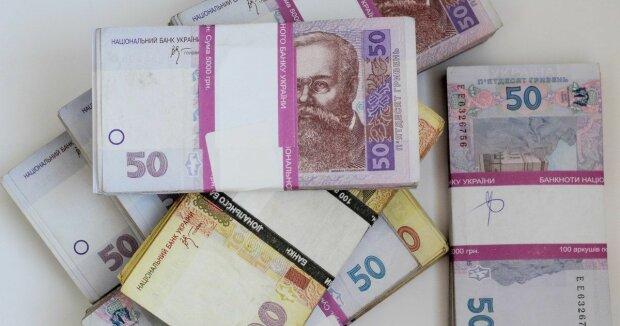 Госдолг Украины за месяц вырос на $1 млрд